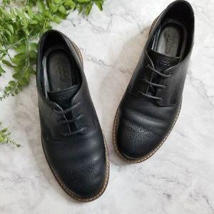 Ecco | Black Leather Wingtip Oxford Flats